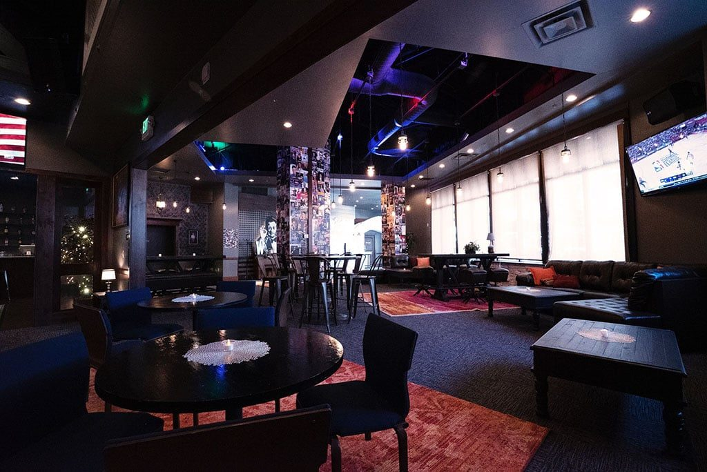 The Lounge - interior 1 (Wiseguys)