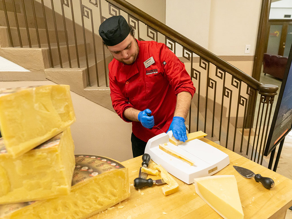 Feast Of The Five Senses 2018 - Harmons cheese being cut
