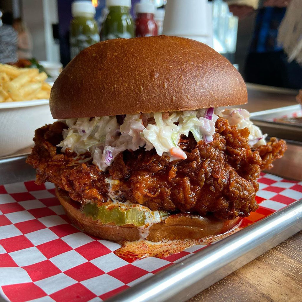 HallPass- hot chicken sandwich (foodinslc_beyond)